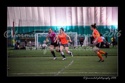 D75_3670-12x18-02_2016-Soccer-W