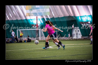 D75_3762-12x18-02_2016-Soccer-W