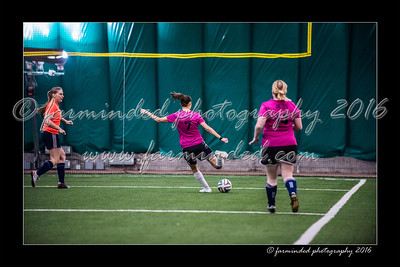 D75_3728-12x18-02_2016-Soccer-W