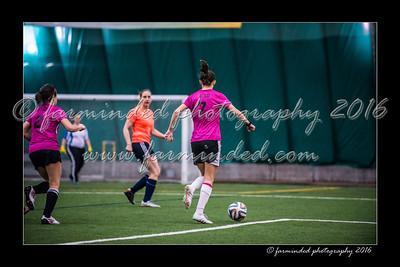 D75_3716-12x18-02_2016-Soccer-W