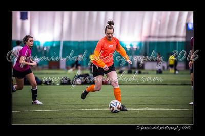 D75_3615-12x18-02_2016-Soccer-W