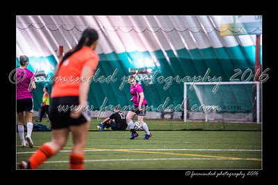 D75_3703-12x18-02_2016-Soccer-W