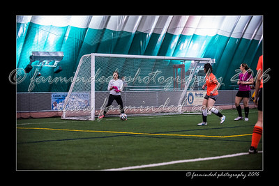 D75_3620-12x18-02_2016-Soccer-W