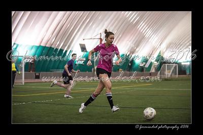 D75_8677-12x18-03_2016-Soccer-W