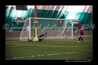 D75_8448-12x18-03_2016-Soccer-W
