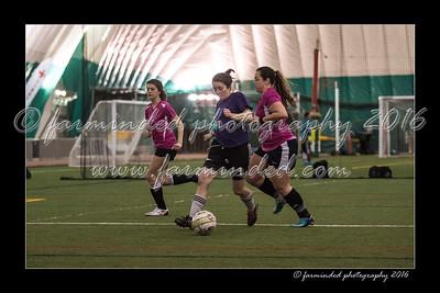 D75_8439-12x18-03_2016-Soccer-W