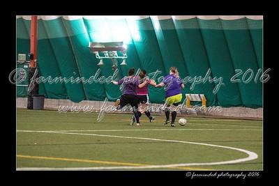 D75_8336-12x18-03_2016-Soccer-W