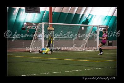 D75_8450-12x18-03_2016-Soccer-W