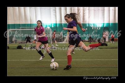 D75_8552-12x18-03_2016-Soccer-W
