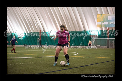 D75_8679-12x18-03_2016-Soccer-W