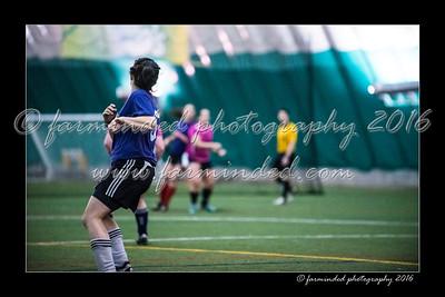 D75_8594-12x18-03_2016-Soccer-W