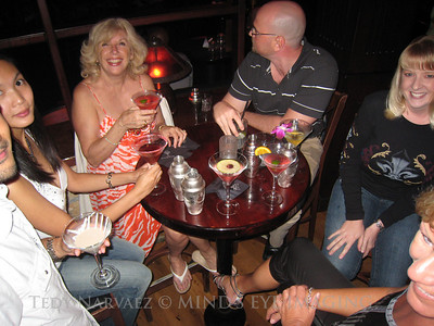 Cheers! Victor (chin), Lynn, Leslie, Jared, Tonda & Judz