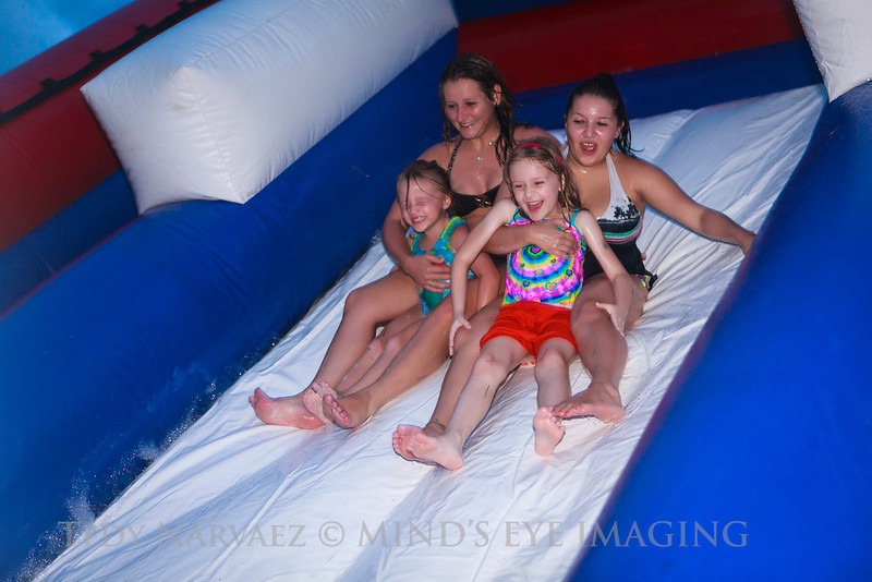 13ShelbieGradParty0108