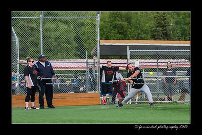DS5_8980-12x18-05_2016-Softball-W