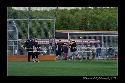 DS5_8943-12x18-05_2016-Softball-W