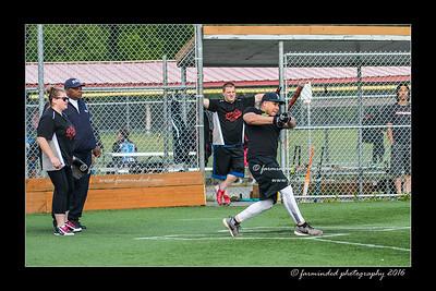DS5_8834-12x18-05_2016-Softball-W