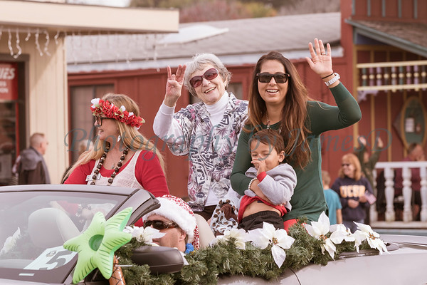 2015_GB_Christmas_Parade_20151205-1056