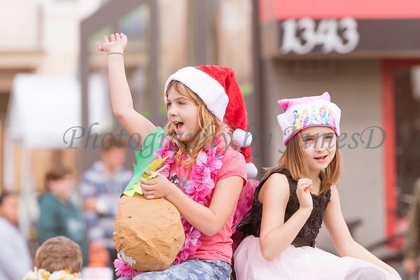 2015_GB_Christmas_Parade_20151205-1907