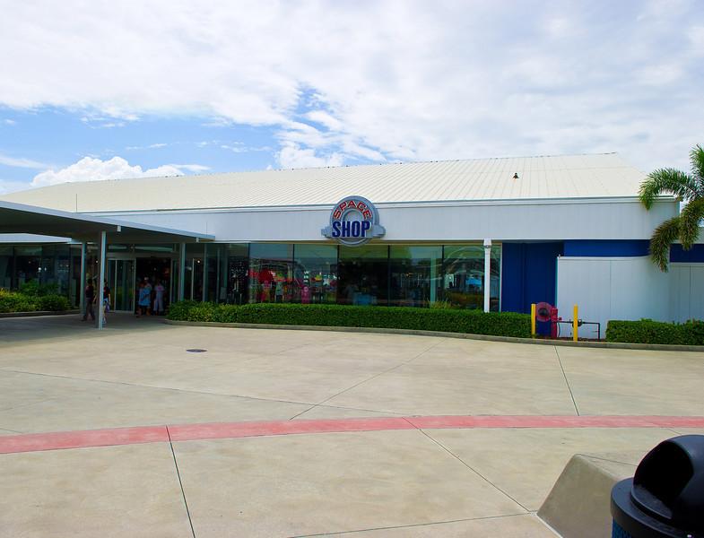 KSC_Gift Shop at Visitors' Center_D3S0375