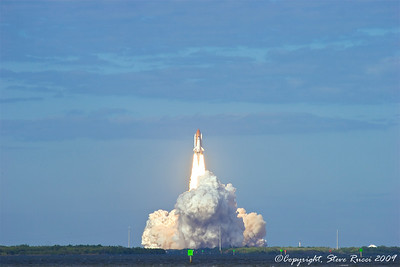 Space Shuttle Atlantis (STS-129) - liftoff!