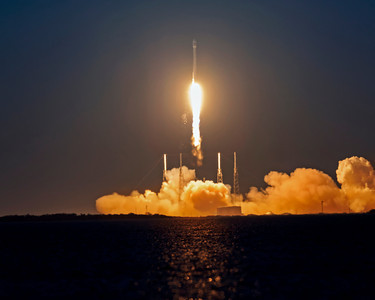 SpaceX Launch at Cape Canaveral,  Falcon 9 lifts off.