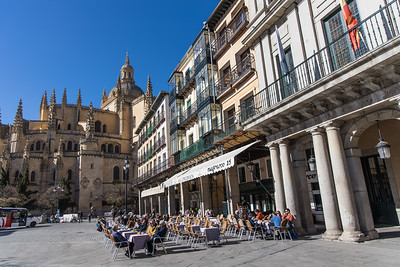 View of the Catedral de Segovia from Plaza Mayor