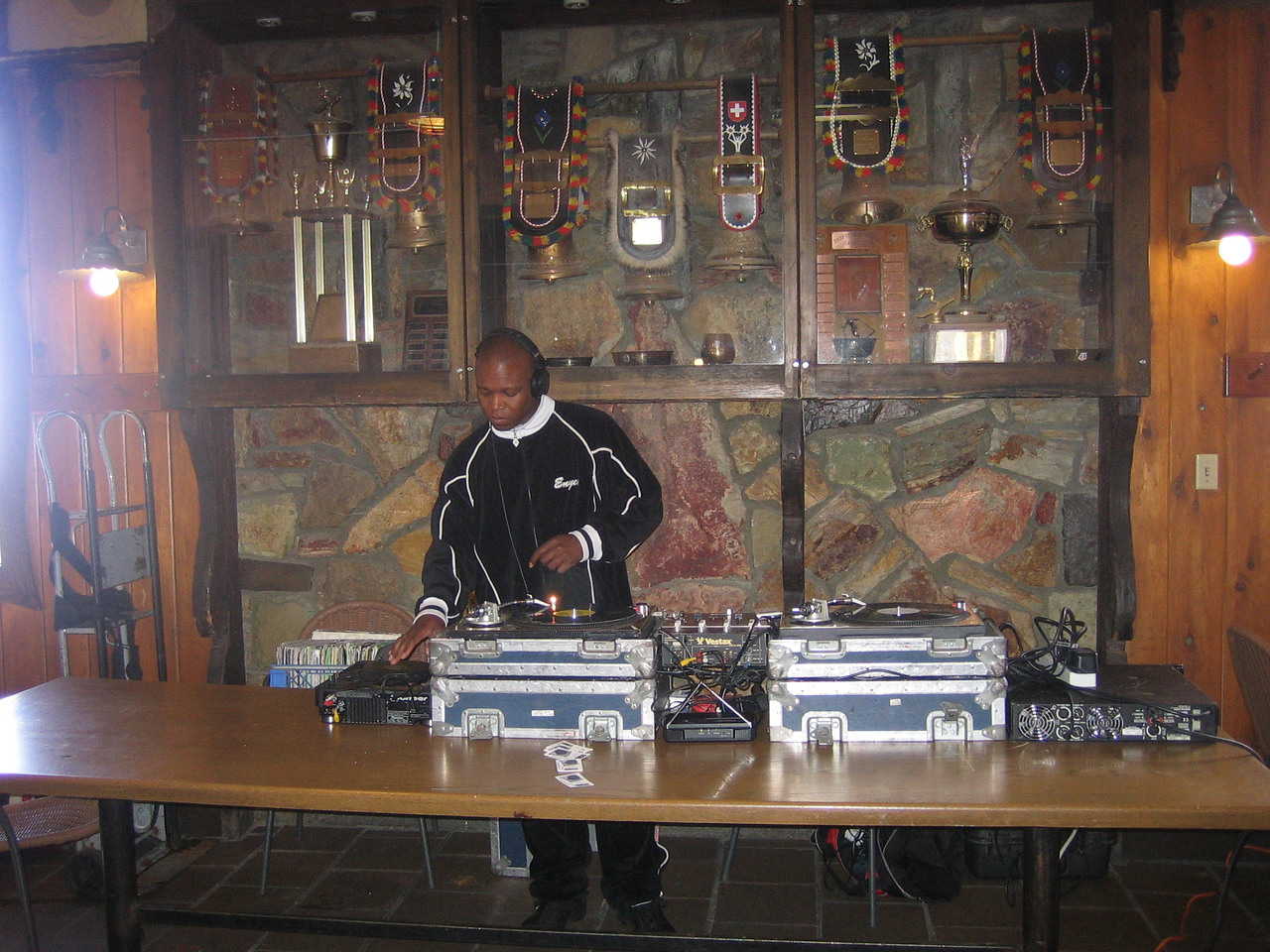 From 11am to 2pm we had DJ Vicious Lee spinning in the lodge. Music, Food, Good People....what more could you ask for?
