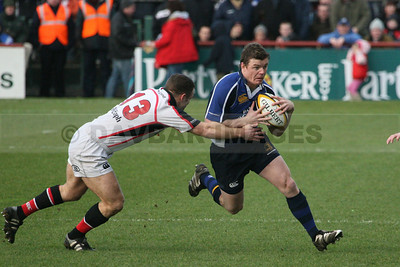 Brian O'Driscoll makes a break in the Leinster v Ulster Magner's League match (last rugby match at Lansdowne Road) (December 2006)