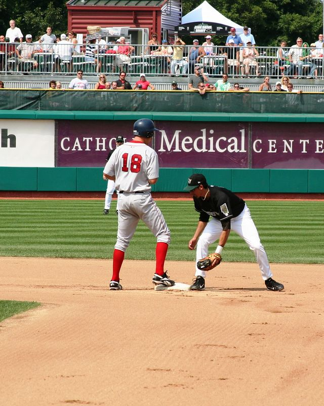 Sea Dogs David Murphy reaches second base safely.