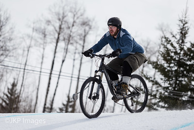 Mountain Bike Snow Cross