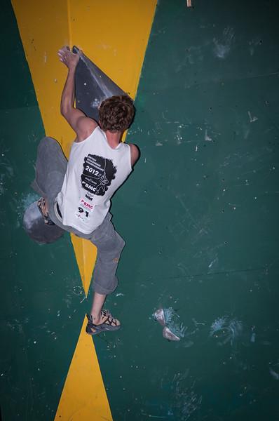 British-Bouldering-Championships-2012-Sheffield-Cliffhanger-13