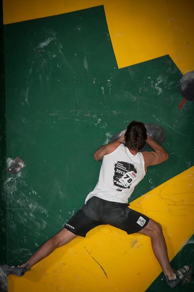British-Bouldering-Championships-2012-Sheffield-Cliffhanger-49