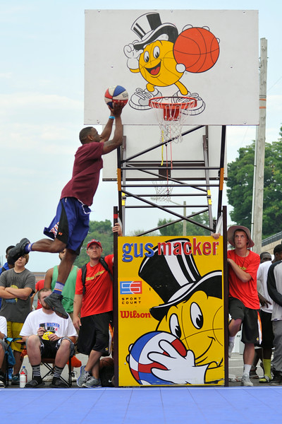 GUS_Dunk Contest-50