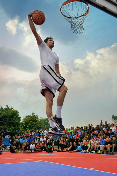 GUS_Dunk Contest-88
