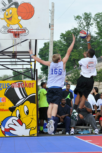 GUS_Dunk Contest-5