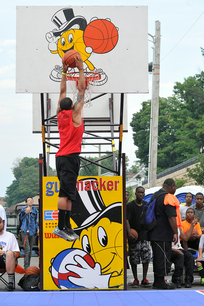 GUS_Dunk Contest-9