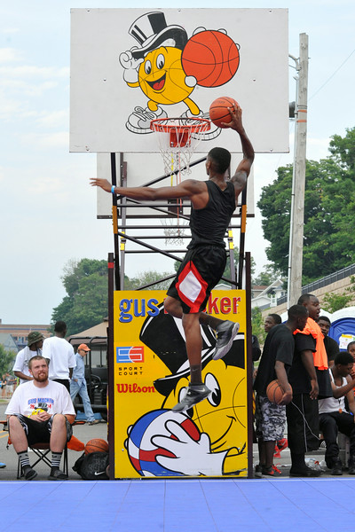 GUS_Dunk Contest-10