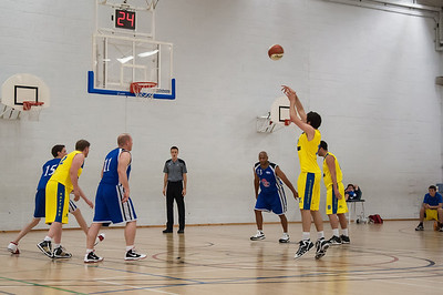 Rossendale-Raptors-vs-City-of-Sheffield-Saints-EBL-National-League-Div-3-Oct-6th-2012-4