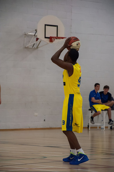Rossendale-Raptors-vs-City-of-Sheffield-Saints-EBL-National-League-Div-3-Oct-6th-2012-7