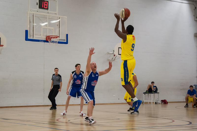 Rossendale-Raptors-vs-City-of-Sheffield-Saints-EBL-National-League-Div-3-Oct-6th-2012-6