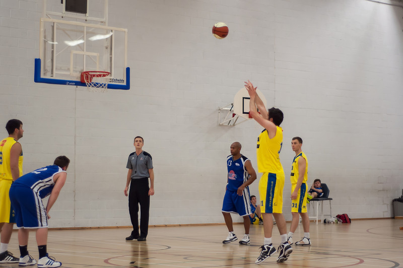 Rossendale-Raptors-vs-City-of-Sheffield-Saints-EBL-National-League-Div-3-Oct-6th-2012-19