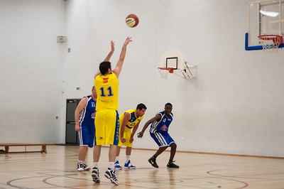 Rossendale-Raptors-vs-City-of-Sheffield-Saints-EBL-National-League-Div-3-Oct-6th-2012-31