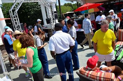 _PMC5437 entrance crowd