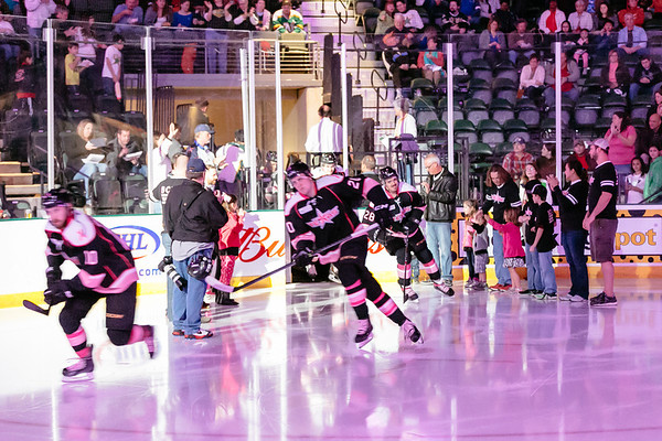 Texas Stars Opens Pink in the Rink Weekend with 4-1 Win Over Charlotte Checkers