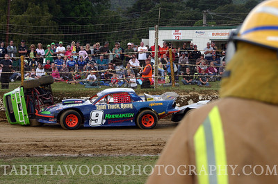 T Woods Speedway Te Marua Wgtn 02