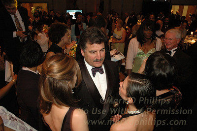 Keith Hernandez and Venus Williams in the crowd at Sportsball 2005
