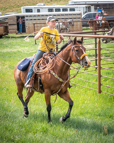 Cowgirl in yellow tshirt