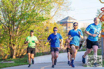 Runners gathered at Bentonville Square for the 6th unofficial Square 2 Square Marathon…course is your own, just get to Fayetteville pounding the pavement.
