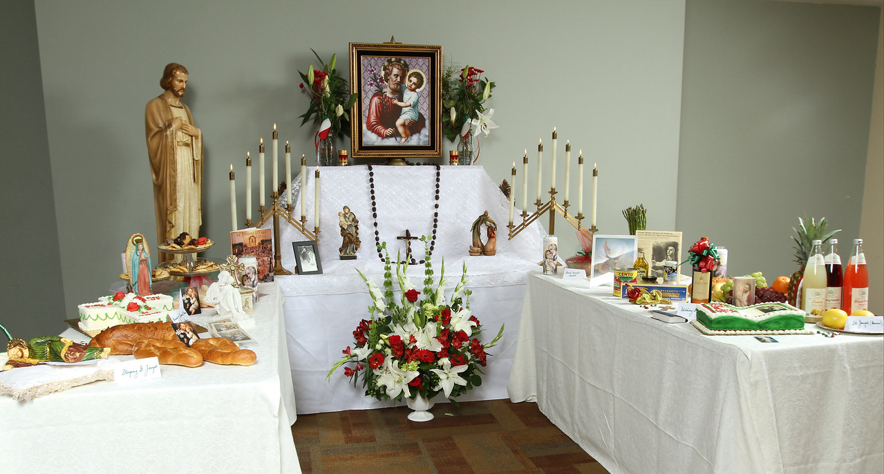 St. Joseph's Altar (Holy Family Church)