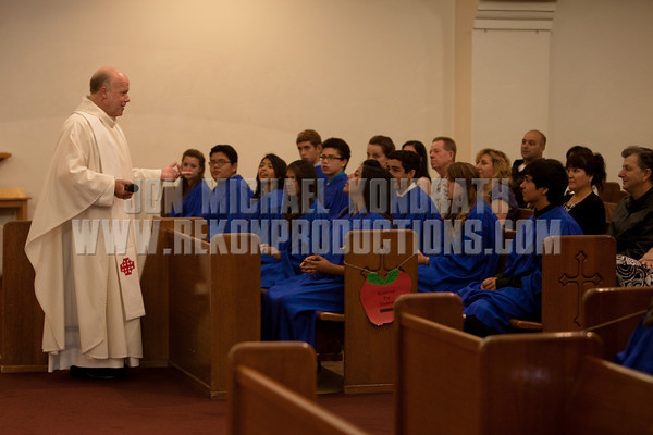 StLukeGradMass-20100611-065